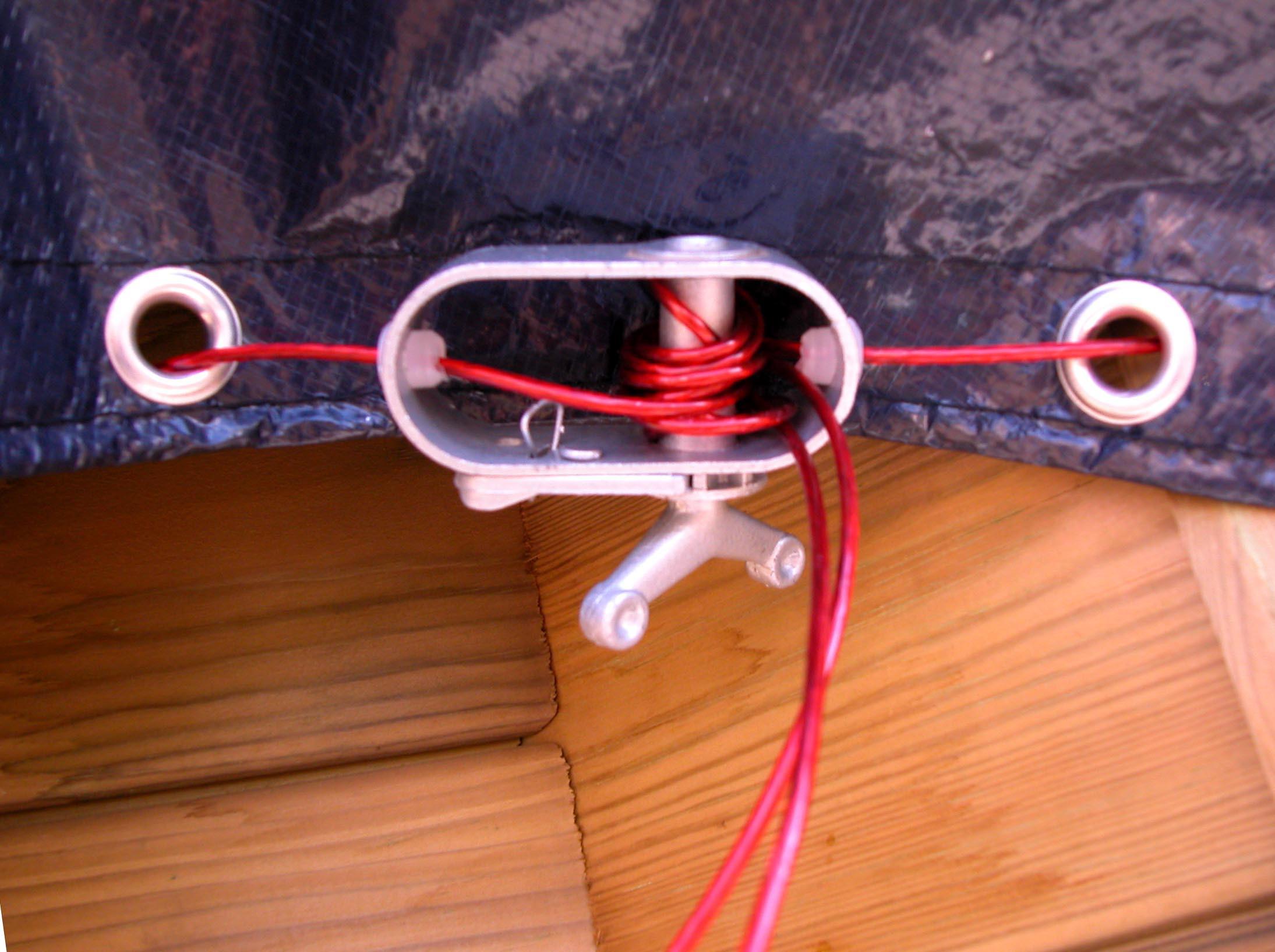Câble tendeur pour piscine